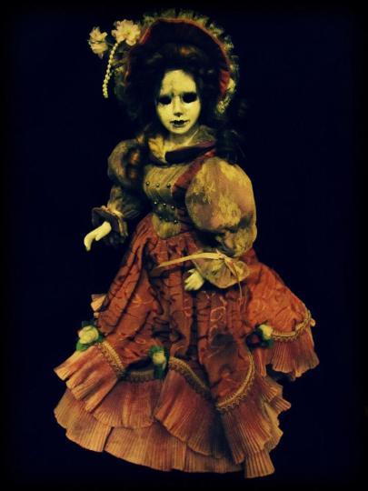 Puppe Violet
