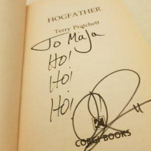 Hogfather - signiert von Terry Pratchett